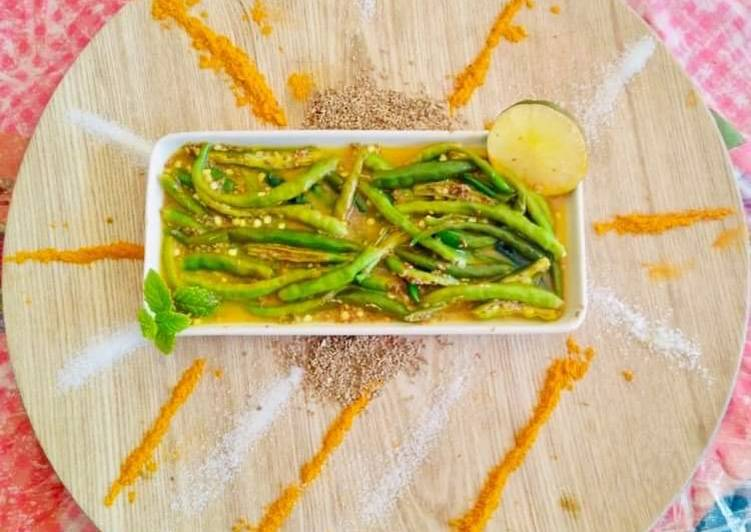 7 Easy Ways To Make Green Chilli Pickle with lemon juice