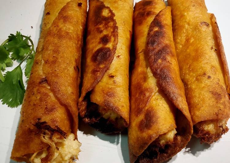 How to Make Tasty Easy Creamy Chicken Flautas