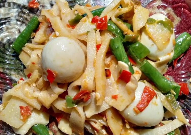Step-by-Step Guide to Make Favorite Quails eggs with bamboo shoots stir fried (oseng-oseng rebung)