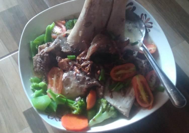 Sup sumsum sapi rumahan