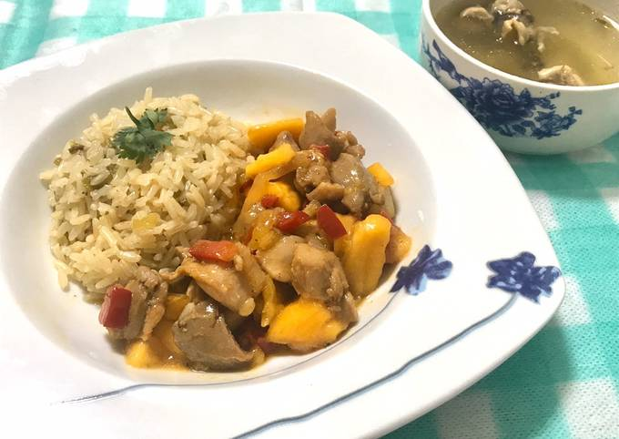 Mango chicken stir fry with flavoured rice and soup