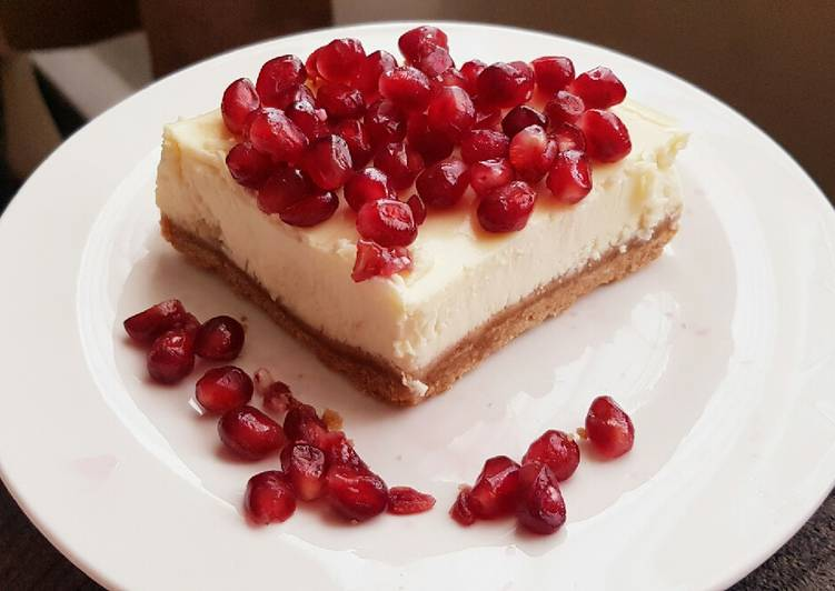 New York Cheesecake with Pomegranate Seeds