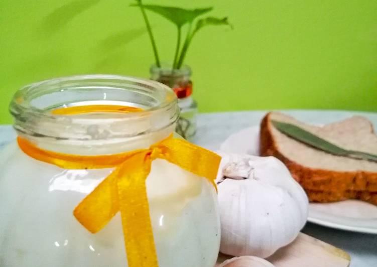 Homemade Garlic Spread