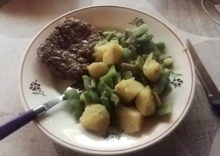 Poêlée pommes de terre, champignons et haricots plats