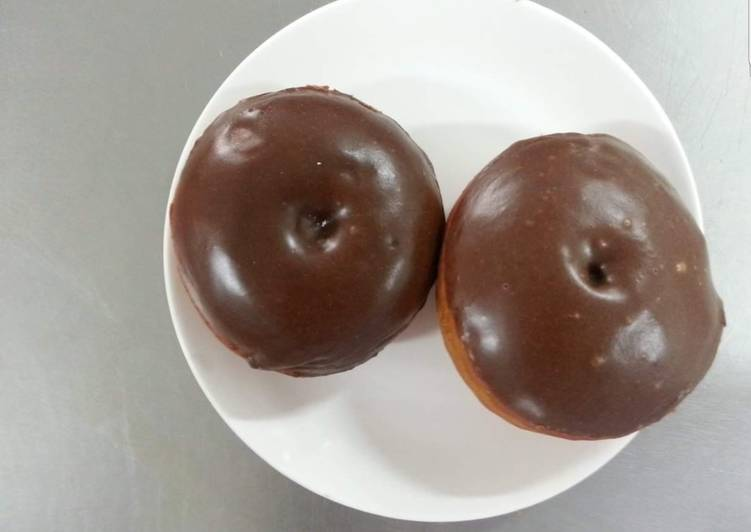 Step-by-Step Guide to Make Speedy Baked Chocolate Doughnuts