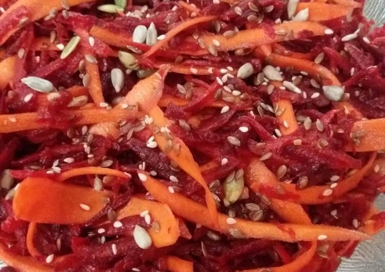 Salata de sfecla rosie cruda cu MORCOV