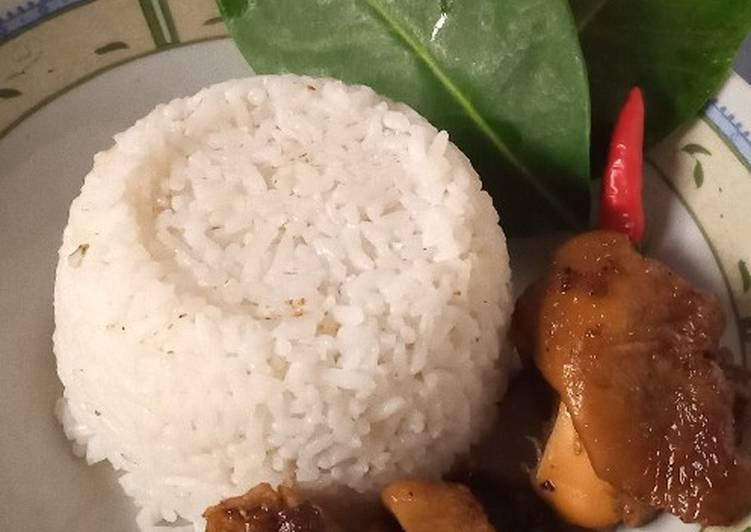 Nasi uduk dari 🍚sisa