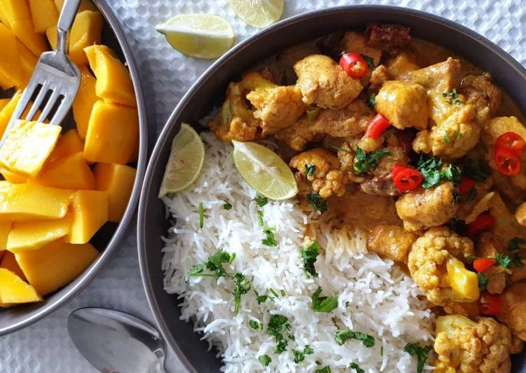 Old Fashioned Dinner Easy Refreshing Mango Chicken Curry