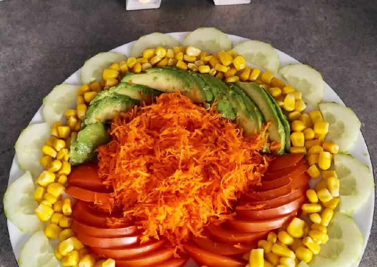 Carotte râpé et salade composée