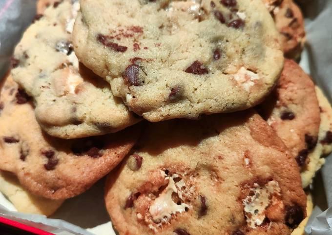 Cookies chocolat au lait et nougat blanc