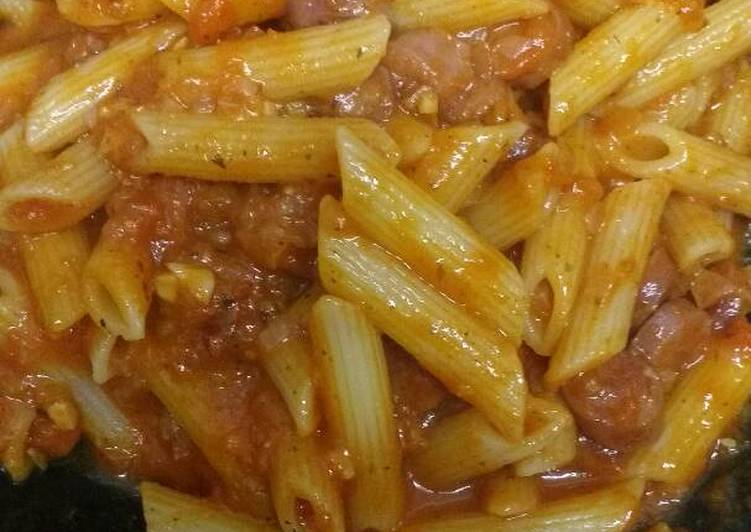 Easy red sauce pasta