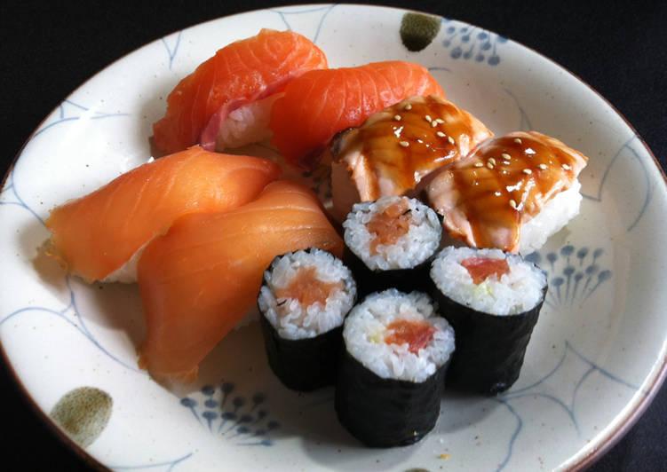 Recipe: Delicious Salmon Sushi