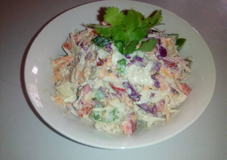Coleslaw with Creamy Dressing by Ogechukwu Mbanugo