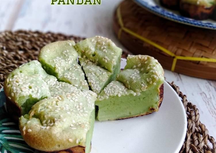 Kuih Bakar Pandan - velavinkabakery.com