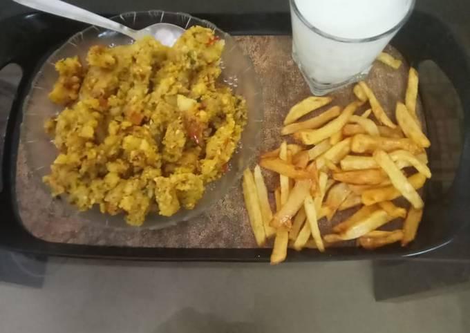 Potato khichdi French fry with buttermilk