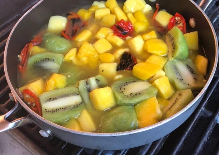 Recipe of Award-winning Kiwi Mango hot sauce