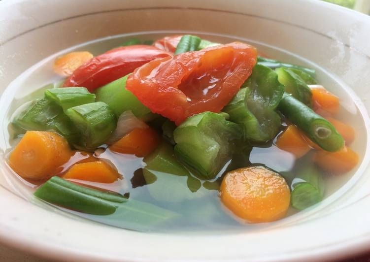 Sayur Bening Oyong, Wortel & Buncis