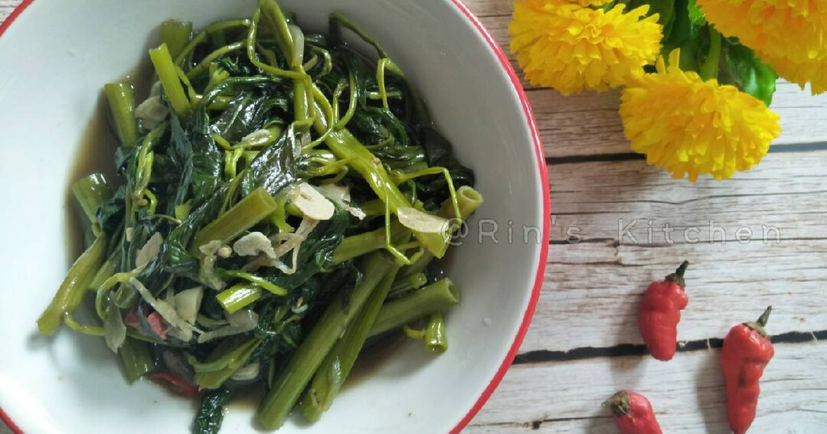 Tumis Kangkung Sauteed Water Spinach Recipe By Rin S Kitchen Cookpad