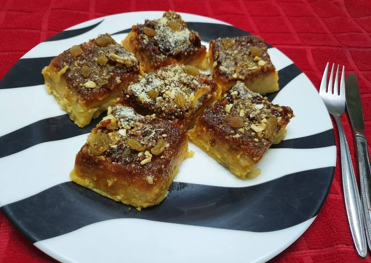 Information on How to Elevate Your Mood with Food Raisin and Caramel Bread Pudding