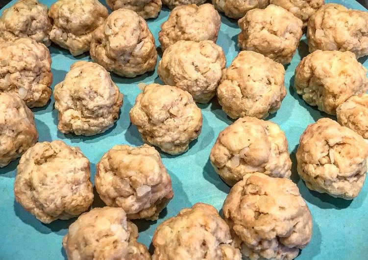 Homemade seitan meatballs