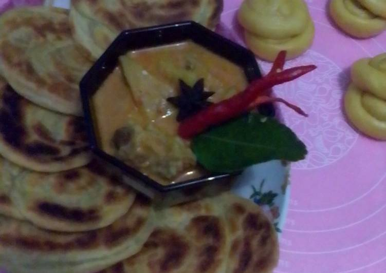Roti maryam dan kari daging kuah nanas