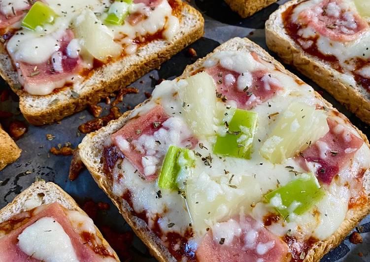 Simple Way to Prepare Speedy Hawaiian pizza bread