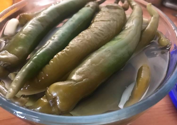 Pickles de piments verts comme à Dubaï