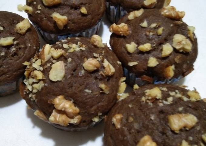 Chocolate walnuts muffins