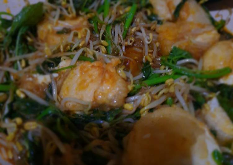 Tumis tofu taoge bayam bumbu kuning vegetarian