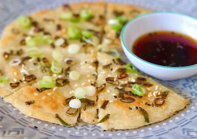 Recipe: Delicious Sourdough discard Chinese spring onions pancake 🥞 🧅🐾