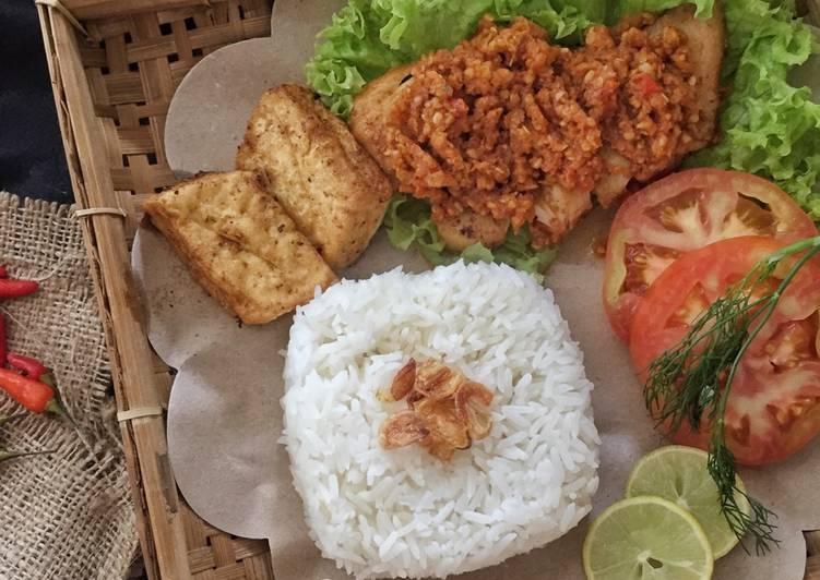 Ayam Gepuk (Sambal Ayam gepuk)