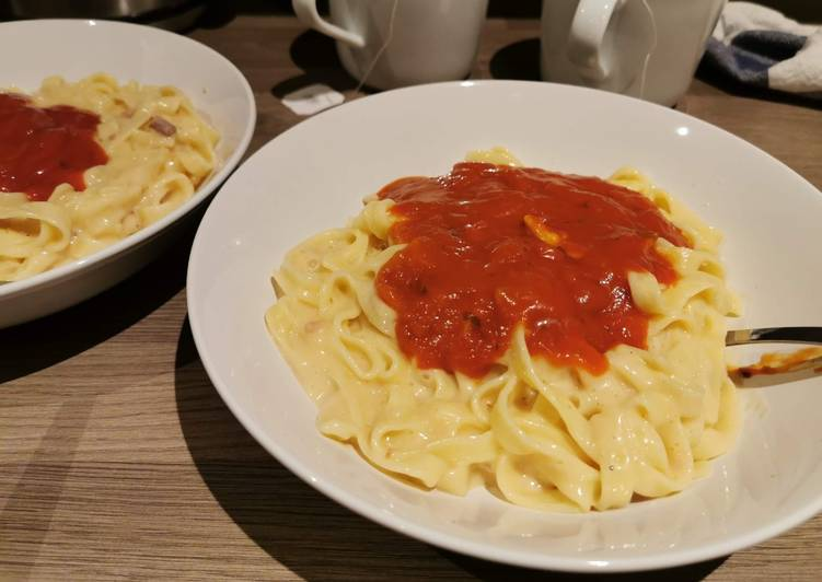 How to Cook Delicious Tagliatelle With Carbonara/Tomato Sauce