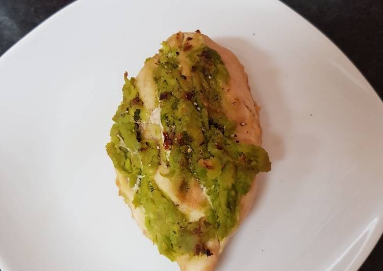 My Guacamole stuffed Chicken Breast 😘