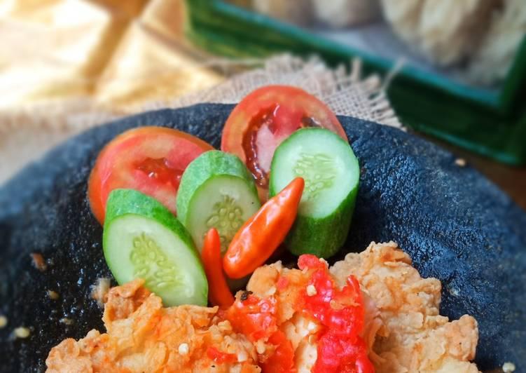 Ayam Geprek sambal bawang