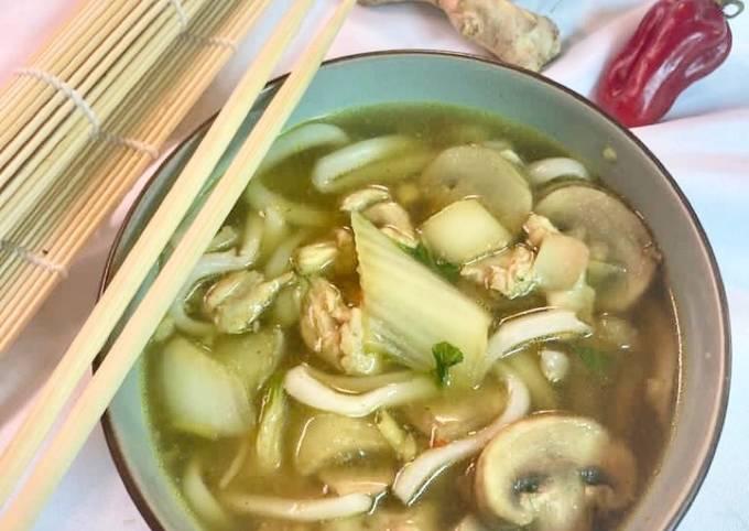 Nouille udon et poulet aigre doux