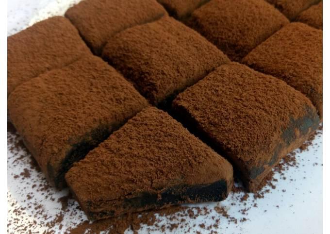 Kue Coklat 2 Bahan, Sajian Lebaran