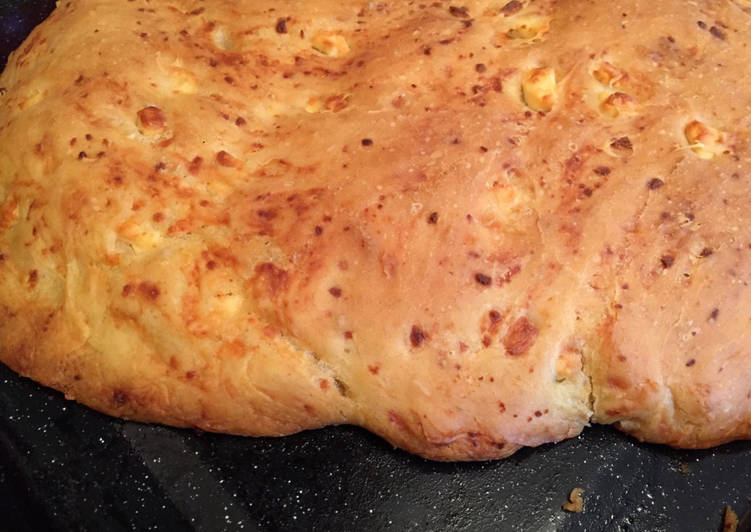 Τυρόψωμο / Tyropsomo (Greek cheese bread)