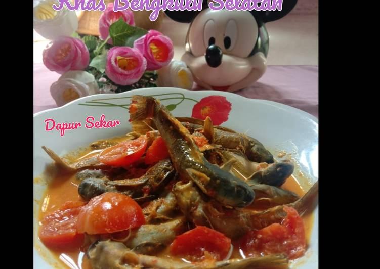 Gulai Ikan Mungkus Khas Bengkulu Selatan