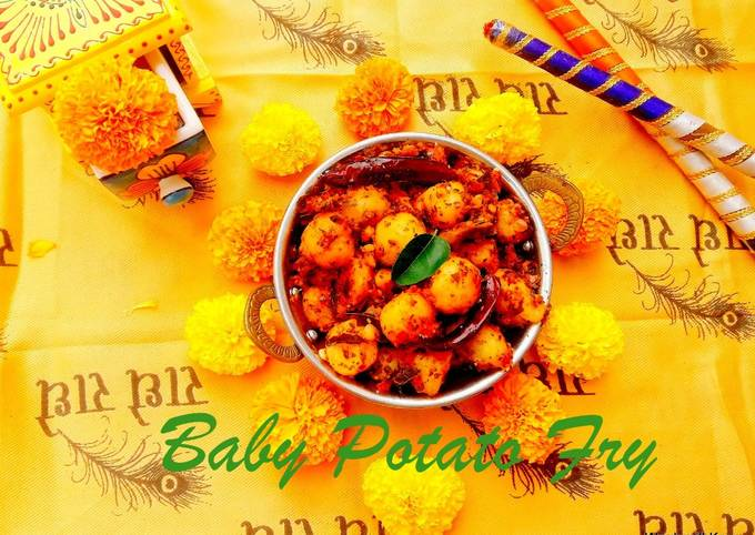 Baby Potato Fry with Curry Leaves/Navratri Recipes
