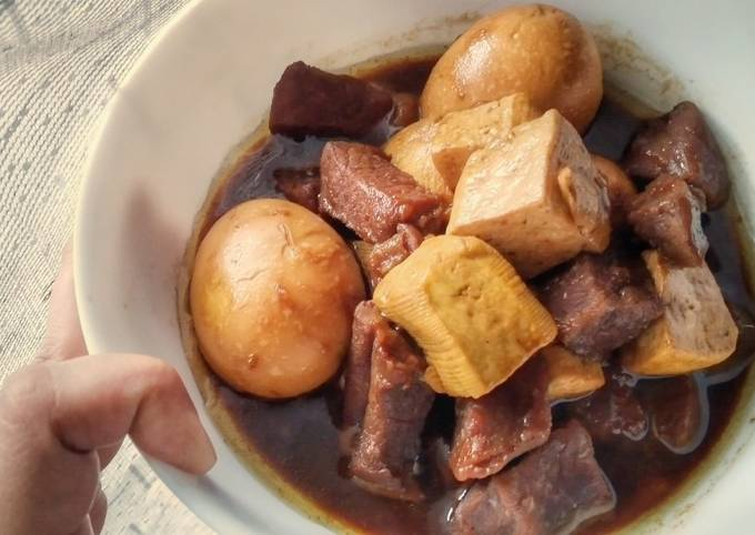 Beef Tofu and Eggs in Sweet Soy Sauce