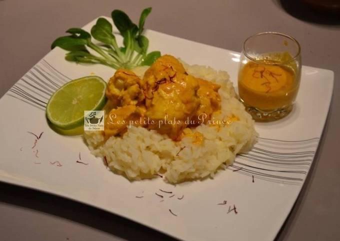 Curry de lotte, crème de coco, citron vert et safran