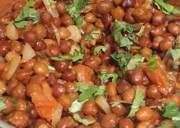 Simple Way to Prepare Quick Healthy Brown Chick Peas Chaat