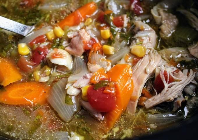 Slow Cooker Southwestern Chicken Soup