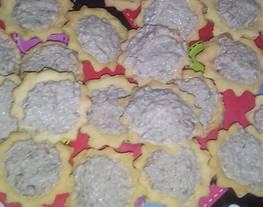 Canapés salados de atún con masa sable casera