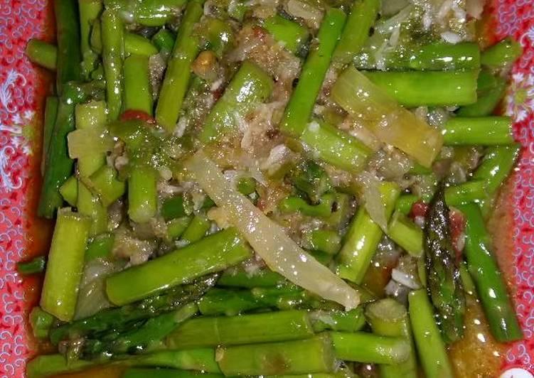 Tumis asparagus