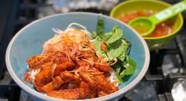 Hình ảnh món Bún heo lát chay sốt cà ri- công thức của chị Huyen le Tran (Cookpad)