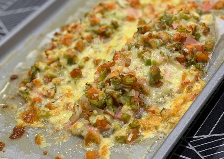 White Fish Fillet with Salsa and Cheese