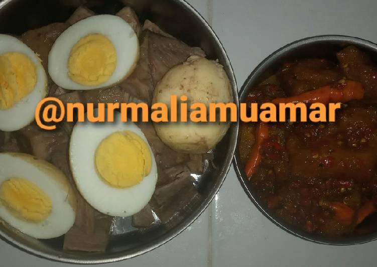 Gudeg telur plus sambel krecek simpel enak