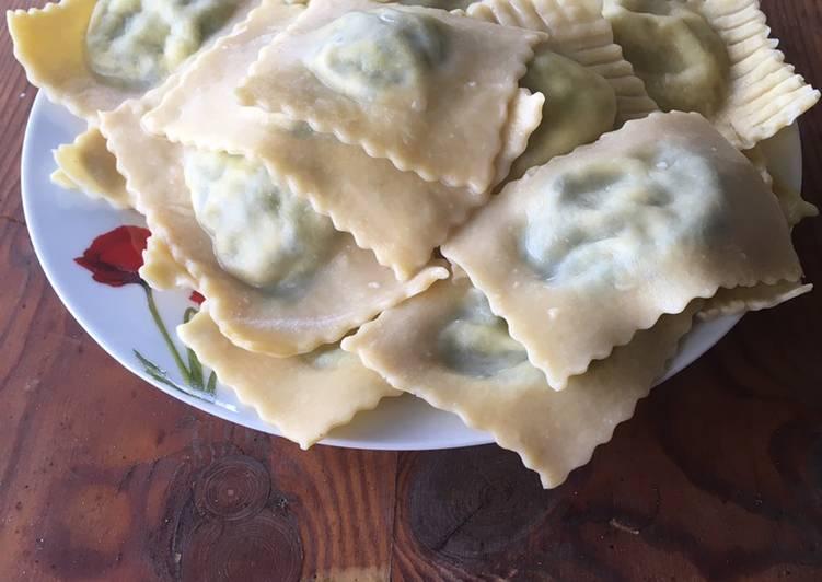 How to Cook Delicious Spinach ricotta ravioli (ravioli plnené špenátom a ricottou)