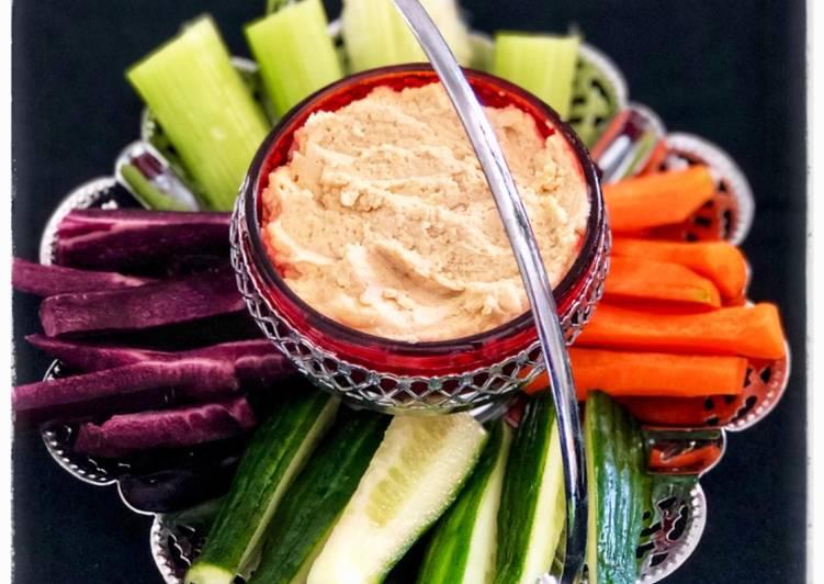 Cemilan Sehat (sayuran + hummuss)